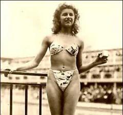 Мишлен Бернардини демонстрирует бикини - 1946 год
