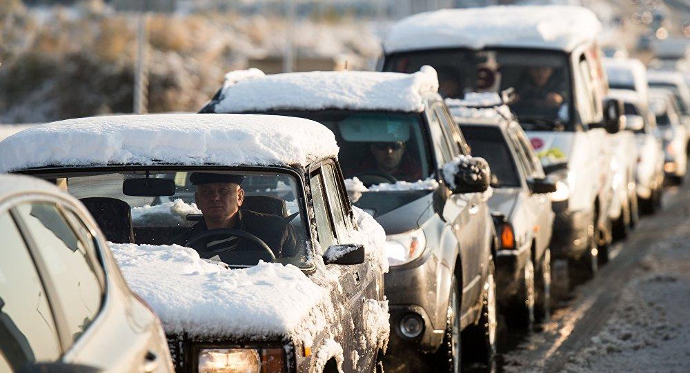 ГАИ призывает водителей быть осторожными в плохую погоду