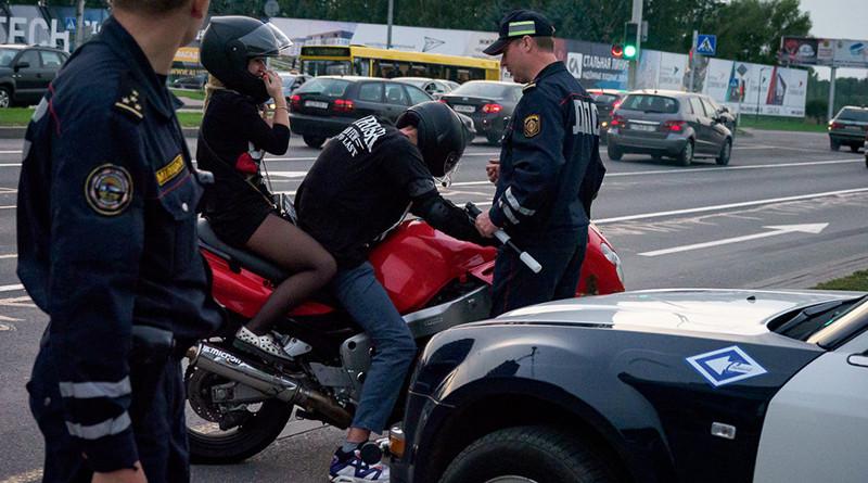Экзамены по сдаче прав для мотоциклистов усложнили. Изменения вступят в силу через полгода