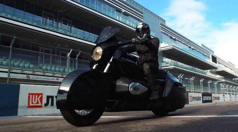 Видеофакт: В Сочи протестировали прототип тяжёлого мотоцикла «Иж»