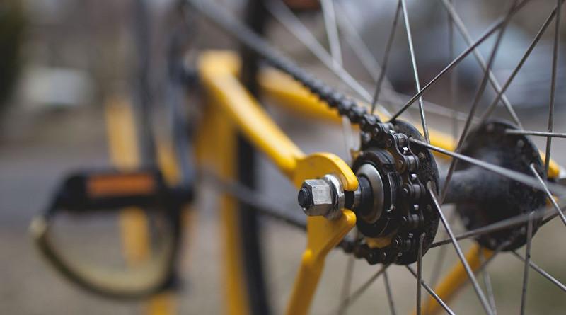 Как вести себя велосипедистам иводителям, чтобы избежать проблем на дороге