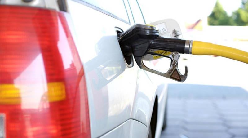 Так себе подарок к23 февраля: топливо вновь подорожает вБеларуси