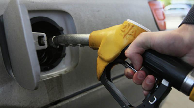 Плюс одна копейка: 14 октября вБеларуси снова дорожает топливо