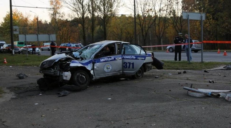 Машина ГАИ попала всерьезную аварию вГомеле