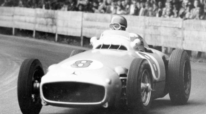 Журналист вместил 70 лет эволюции машин «Формулы-1» водну минуту