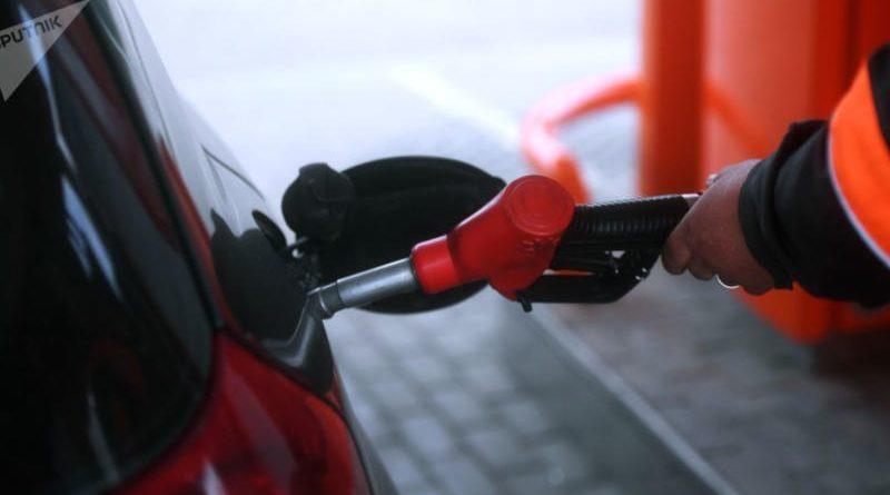 «Белнефтехим» пояснил, почему опять выросла цена на топливо