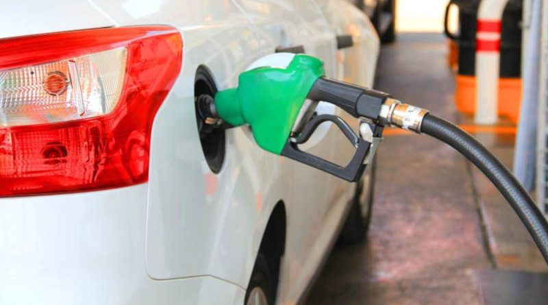 Белнефтехим опять повысил цену на автомобильное топливо