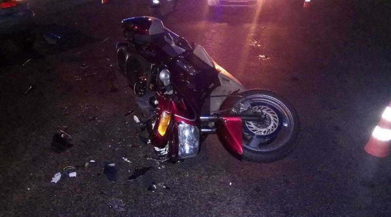 15 июля вРечице столкнулись автомобиль «Ситроен» имотоцикл «Хонда». Мотоциклист госпитализирован