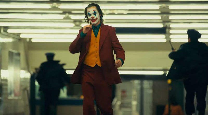 Вышел финальный трейлер фильма «Джокер». В нём показали отца Бэтмена