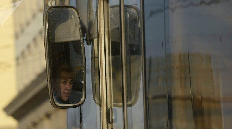 Водители смогут бесплатно ездить вобщественном транспорте 22 сентября